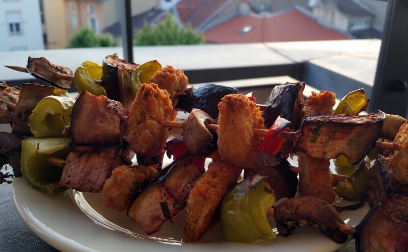 barbecue vegan brochettes