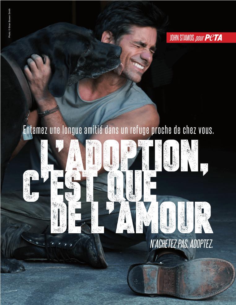 L'acteur John Stamos dans une campagne de PETA pour l'adoption d'animaux