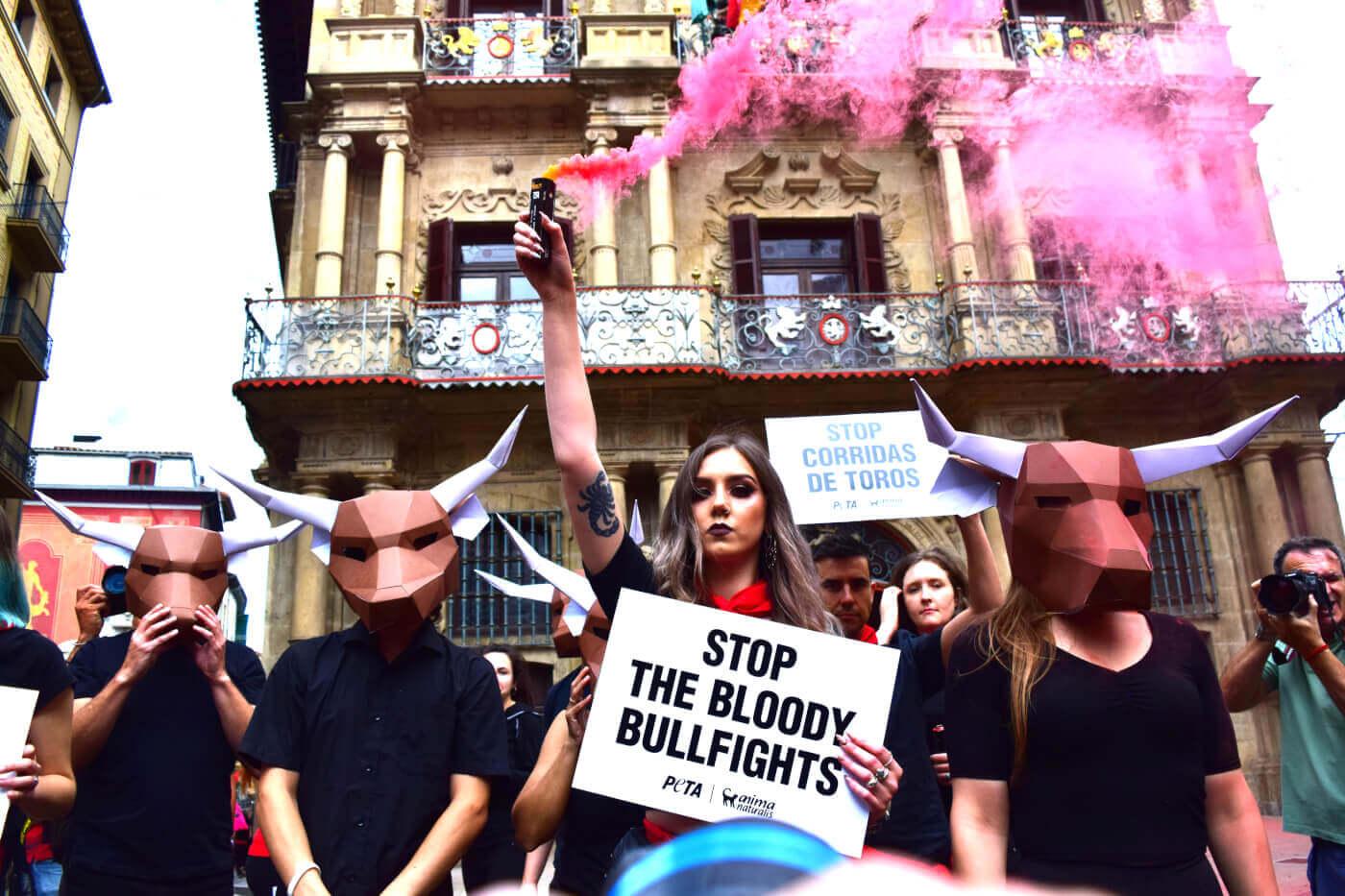 Pampelune 2018 : une action retentissante organisée en amont du lâcher de taureaux