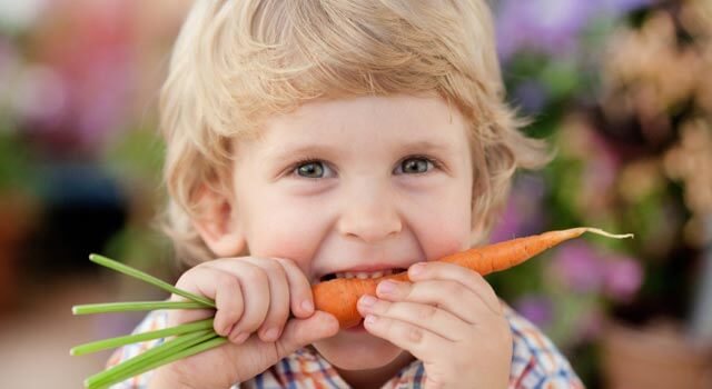 L'alimentation végane est saine et responsable pour les adultes comme pour les enfants